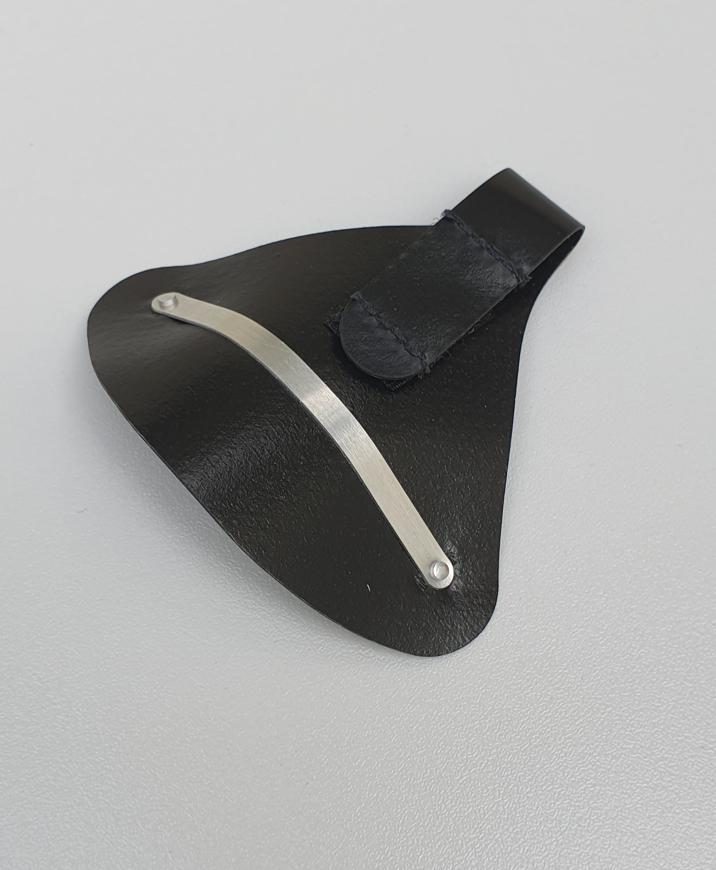 Picture of Nasenschutz aus Kunstleder, schwarz, 1 Stück