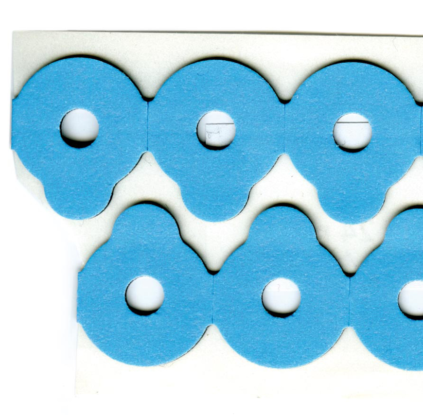 Picture of Klebepads Spezial blau, Essilor Qualität, rund, Ø 24mm, 1 Rolle à 500 Stück